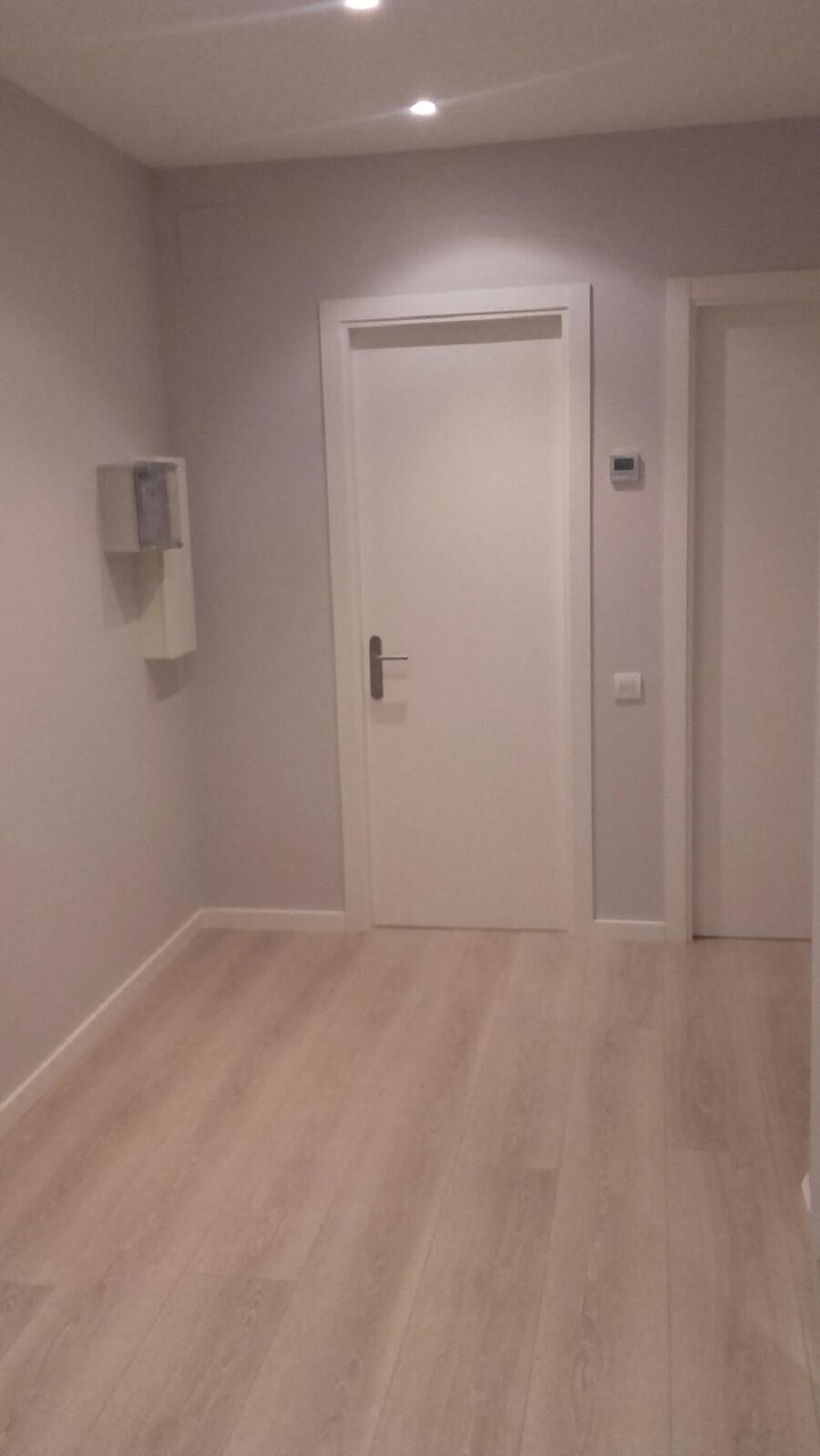 Lacado-de-puertas-en-Logroño-pintores